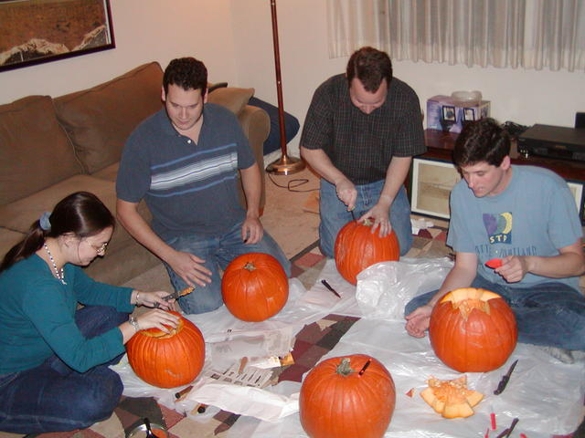 We're all so happy carving... is Ian trying to boss Maggi?  Dominic and Tim are too busy to notice.